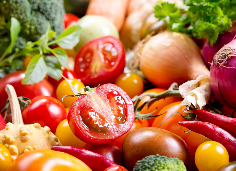 Warzywa i owoce pomogą uzupełnić niedobór witamin /123RF/PICSEL