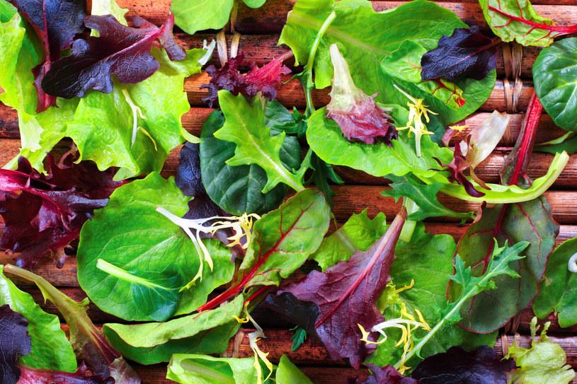 Warzywa liściaste powinny mieć swoje stałe miejsce w każdej kuchni /123RF/PICSEL