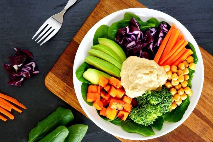 Warzywa muszą gościć na stołach jak najczęściej /123RF/PICSEL