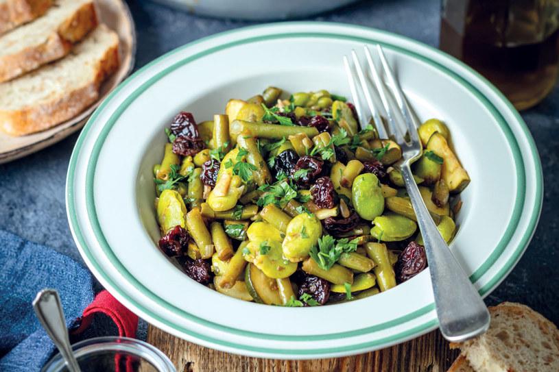 Warzywa po sycylijsku to zdrowe i pyszne danie /materiały prasowe