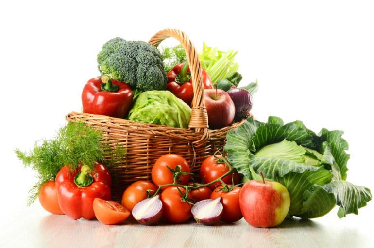Warzywa rosną większe /© Photogenica
