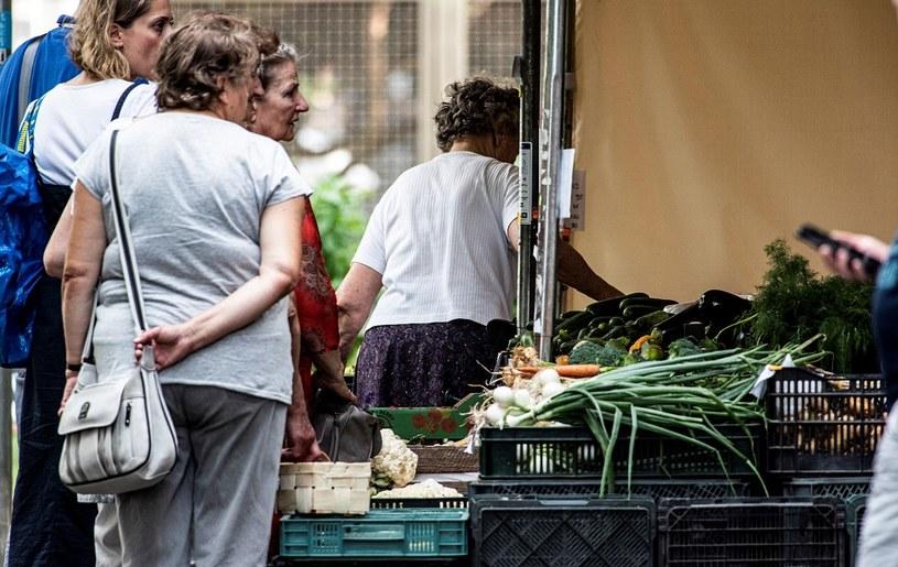 Warzywa w promocji ostro poszły w górę. Najbardziej skoczyły ceny cebuli, ziemniaków i selera /MondayNews