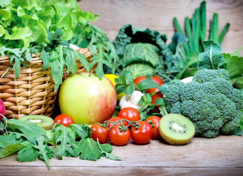 Warzywa zielone najlepiej jeść surowe /Picsel /123RF/PICSEL