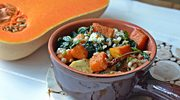 Warzywny gulasz z serową pierzynką