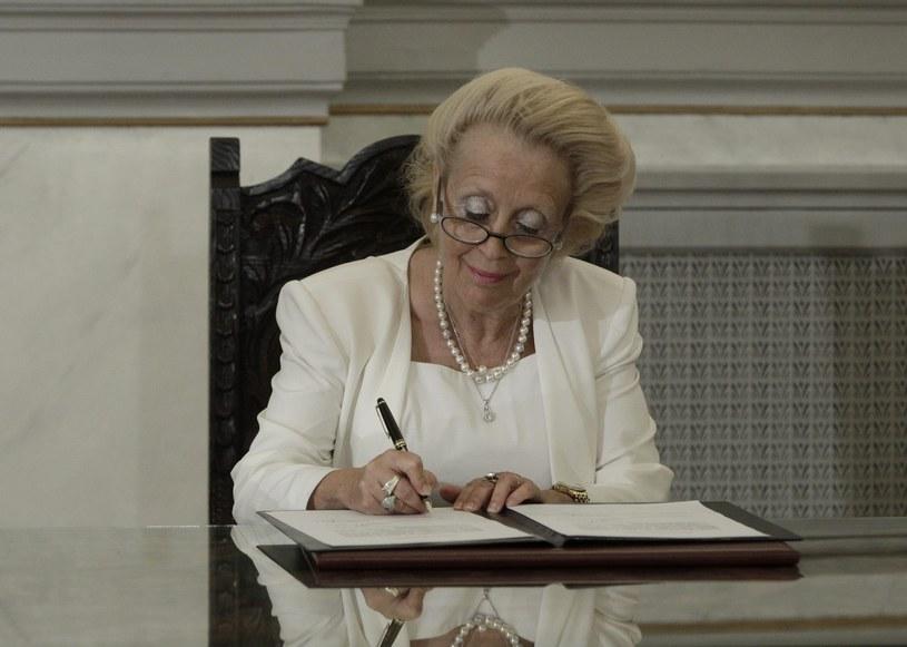 Wasiliki Thanu jest pierwszą kobietą-premierem w Grecji /PAP/EPA