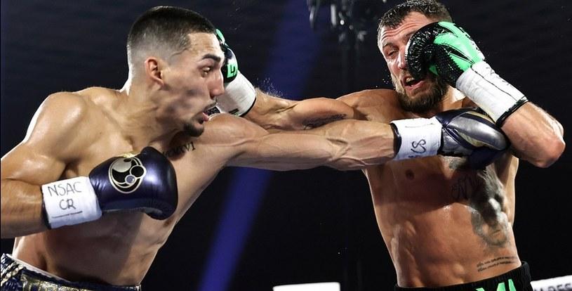 Wasyl Łomaczenko (z prawej) nie dał rady Teofimo Lopezowi /Interia/bokser.org