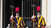 Watykan: Nowe hełmy dla Gwardii Szwajcarskiej