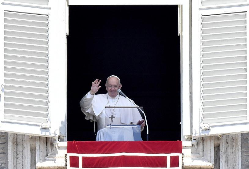 """Watykan poinformował o """"lekkiej niedyspozycji"""" papieża /FILIPPO MONTEFORTE /AFP"""