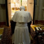 Watykan przeciwny próbom wpłynięcia na wynik konklawe