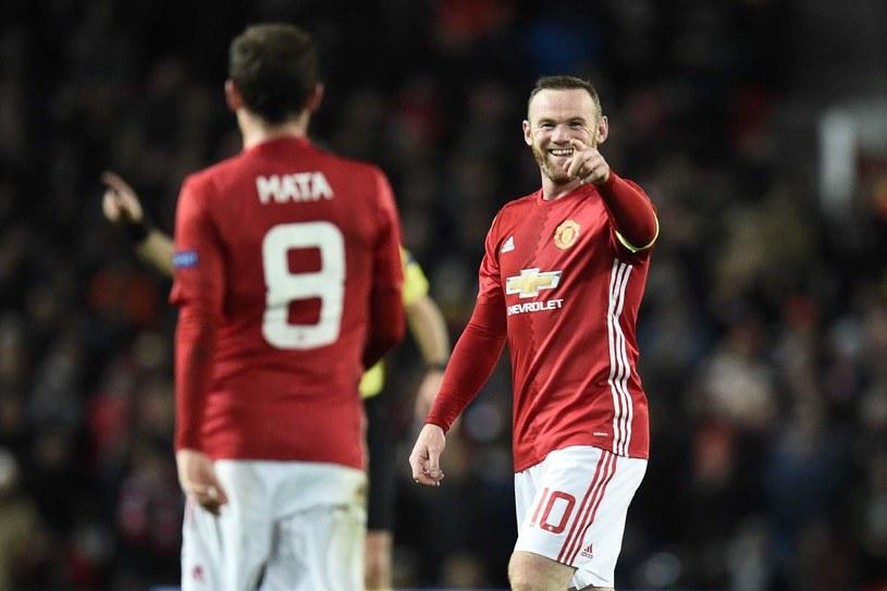 Wayne Rooney i Juan Mata /AFP