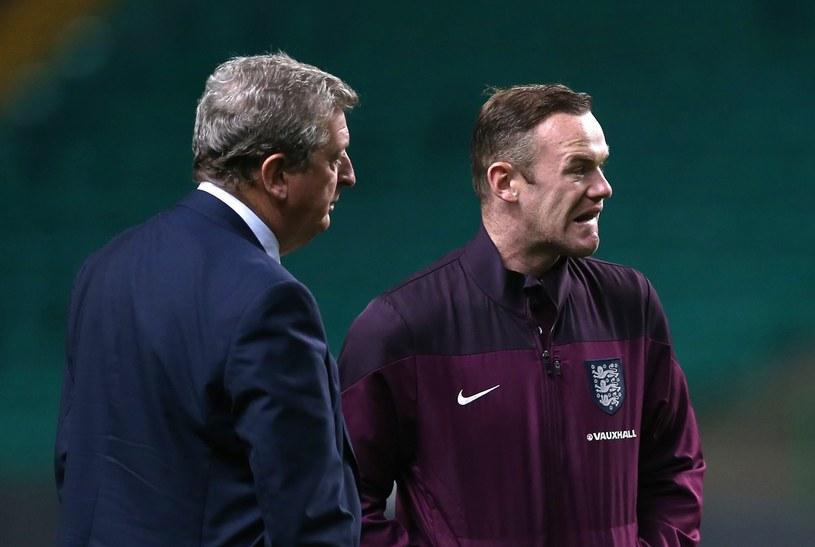 Wayne Rooney (z prawej) i Roy Hodgson /AFP