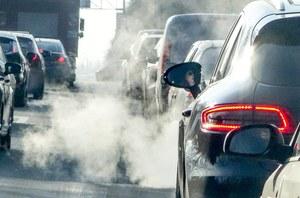 Ważą się losy konwencjonalnych samochodów