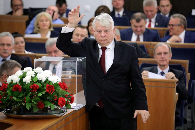 Ważą się losy Senatu /Piotr Molecki /East News