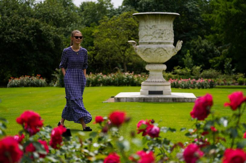 Waza Waterloo jest jednym z zabytków, które można oglądać na terenie ogrodów królowej Elżbiety II /Kirsty O'Connor /Getty Images