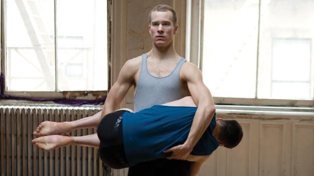 """Ważną funkcję narracyjną pełni w filmie """"Pięć tańców"""" choreografia. /materiały dystrybutora"""