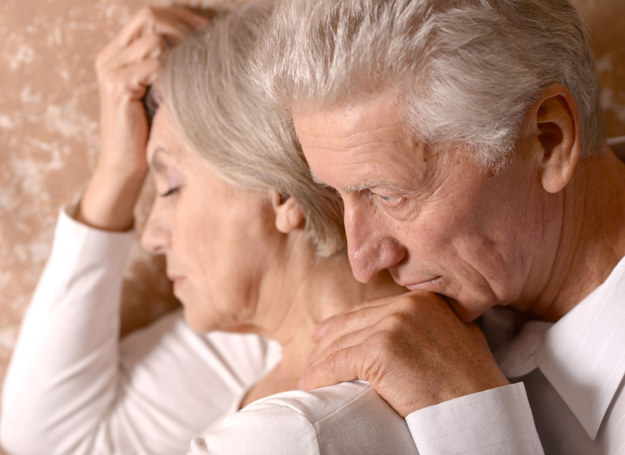 Ważne, by dbać o związek przez cały czas, bo potem może być za późno... /123RF/PICSEL
