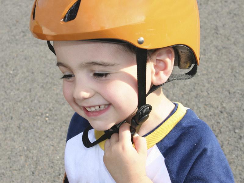 Ważne, by umieć zachęcać dzieci do aktywnej zabawy  /ThetaXstock