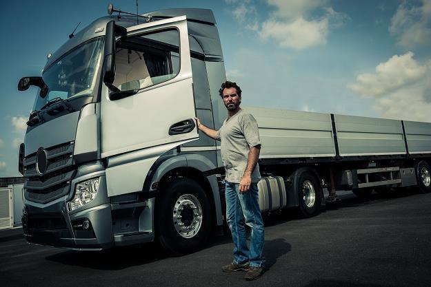 Ważne zmiany dla zawodowych kierowców /©123RF/PICSEL