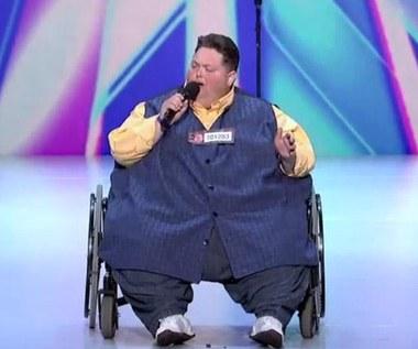 Waży 250 kilogramów i ma niebiański głos