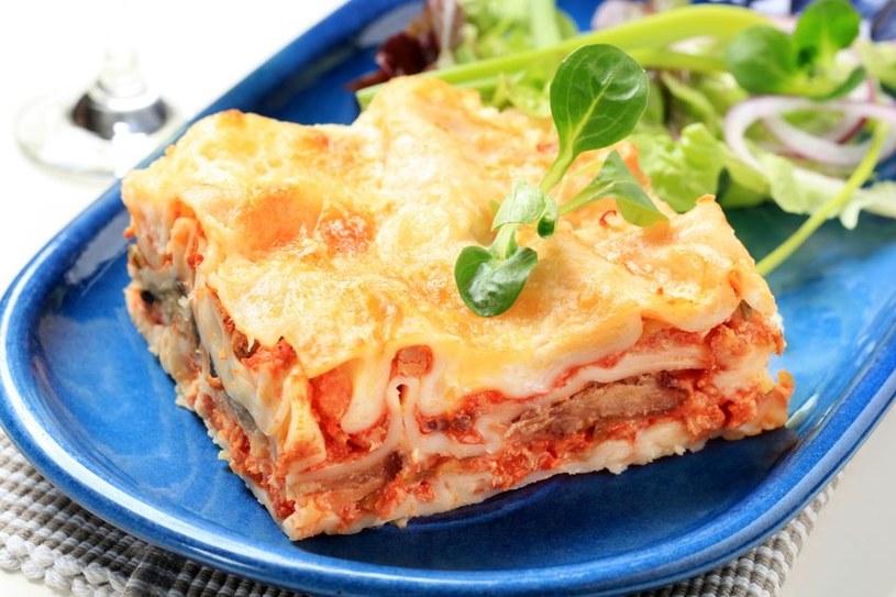 Wbrew pozorom przyrządzanie lasagne nie wymaga dużo czasu /123RF/PICSEL