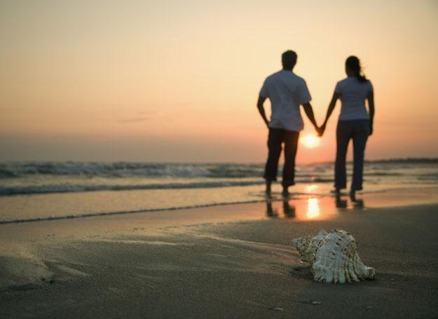 Wciąż jesteśmy niepoprawnymi romantyczkami i większość z nas marzy o wielkiej miłości /© Panthermedia