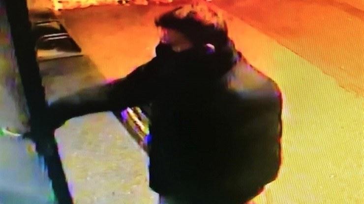 Wciąż niezidentyfikowany mężczyzna napadł na pięć starszych kobiet /Policja