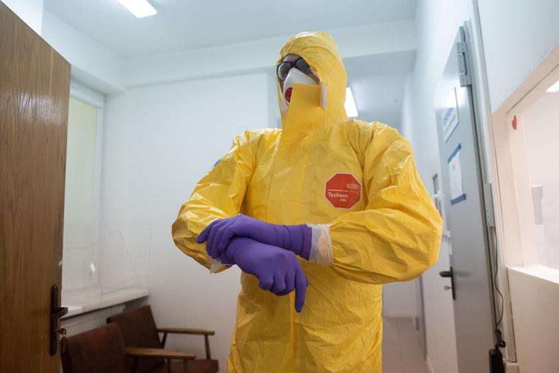 Wciąż trwa walka ze skutkamii pandemii w Polsce /Filip Blazejowski /Agencja FORUM