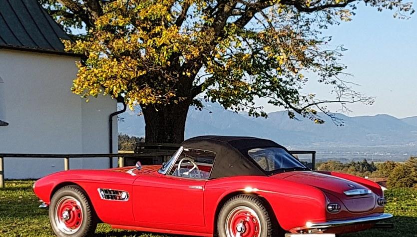 Wcielenie klasyki i elegancji. Na aukcję trafiło legendarne BMW 507