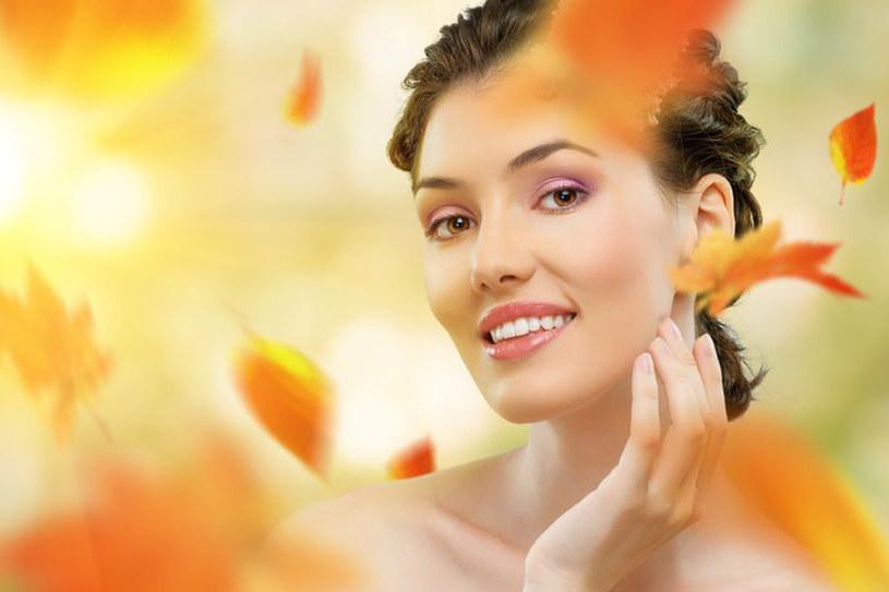 Wczesna jesień to najlepszy czas na oczyszczanie i ujędrnianie skóry /123RF/PICSEL