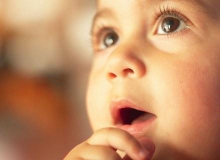 Wczesne ruchy dzieci były dotąd obserwowane pod kątem ryzyka rozwoju porażenia mózgowego. /ThetaXstock