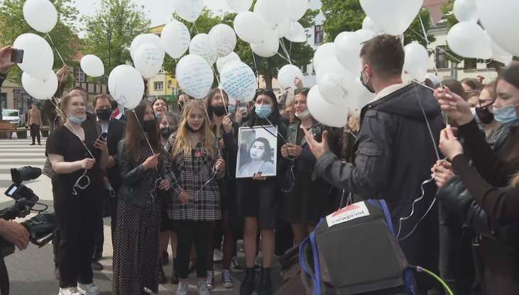 Wcześniej Magdę pożegnali przyjaciele ze szkoły /Polsatnews.pl