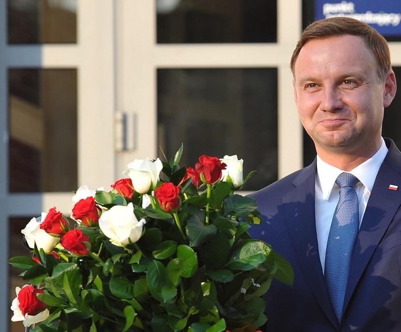 Wczoraj prezydent Andrzej Duda spotkał się z mieszkańcami Dąbrowy Tarnowskiej /Marcin Obara /PAP