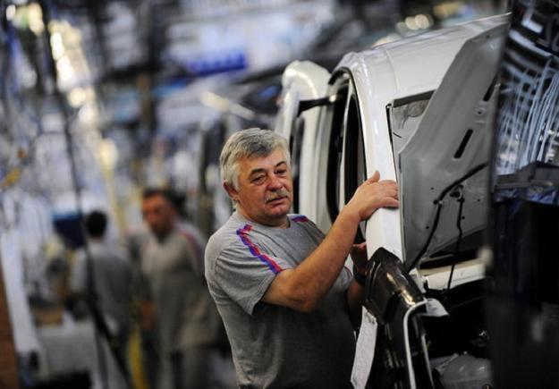We Francji rynek pracy dla osób starszych jest szczególnie trudny... /AFP