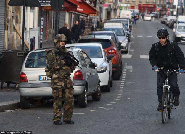 We Francji trwają poszukiwania prywatnych mieszkań /Polaris /East News