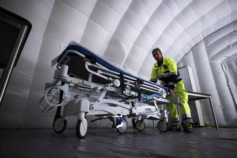 We Włoszech nie żyje już 12 osób /ANGELO CARCONI /PAP/EPA