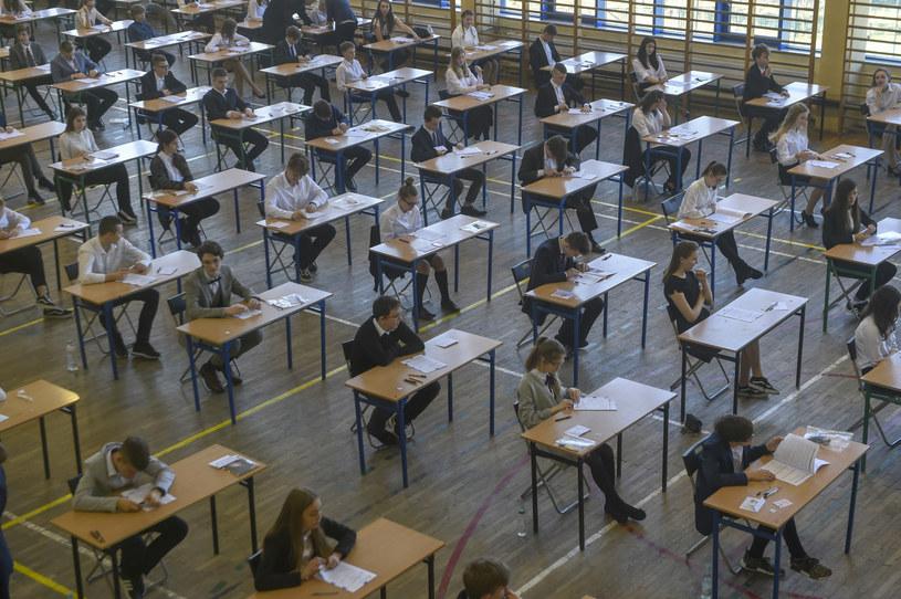 We wtorek, 16 czerwca, rozpoczyna się egzamin ósmoklasisty 2020 /KFP /Reporter