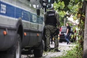 We wtorek policja i ABW weszły do domu 32-latka w Warszawie /Jakub Kamiński   /PAP