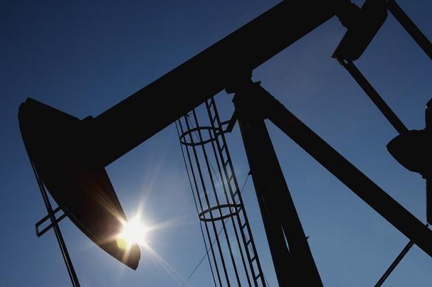 We wtorek ropa w USA staniała o 17 centów do 100,74 USD za baryłkę /© Panthermedia