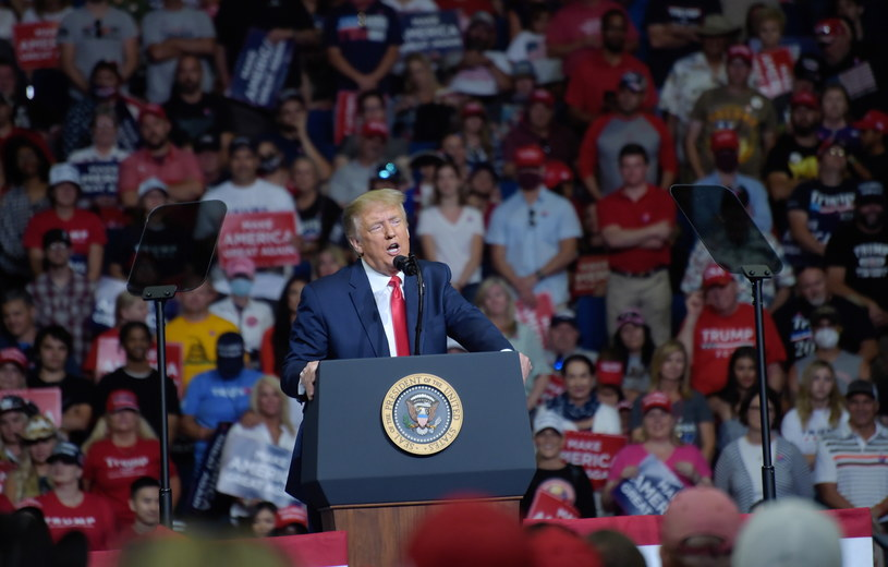 Wec wyborczy Donalda Trumpa w Tulsie w stanie Oklahoma /ALBERT HALIM /PAP/EPA