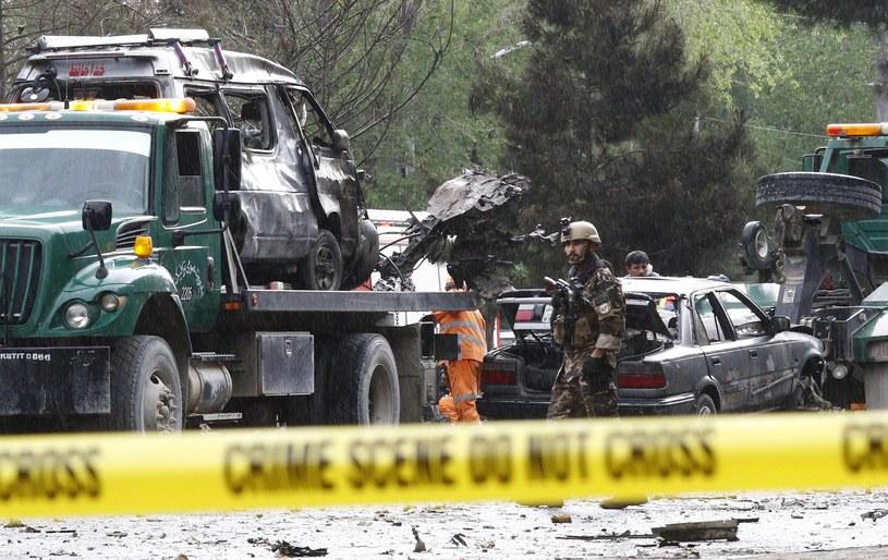 Według afgańskiego MSW w wyniku eksplozji zginęło osiem osób /PAP/EPA