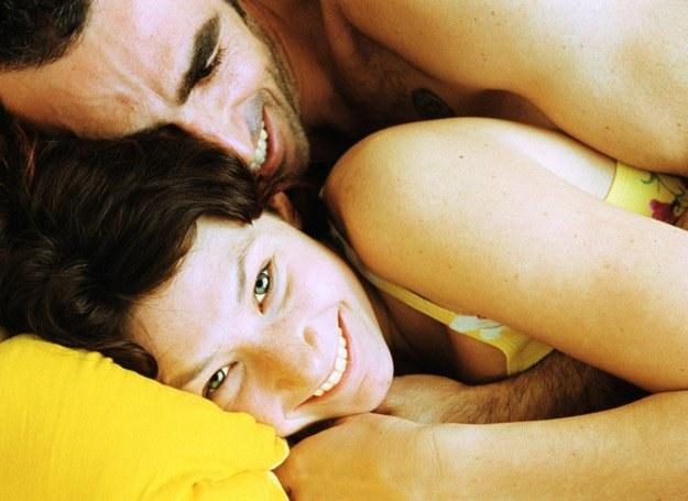 Według badań plemniki inteligentnych mężczyzn charakteryzują się lepszą jakością /Intimate Medicine
