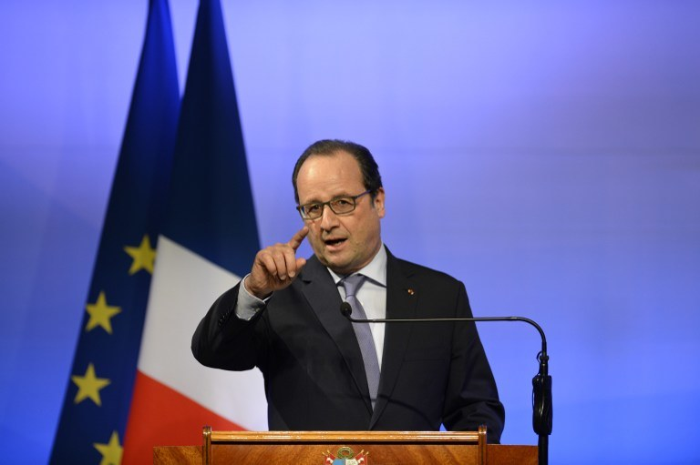 """Według gazety prezydent Francois Hollande zatwierdził """"nieoficjalną akcję wojskową"""" /AFP"""