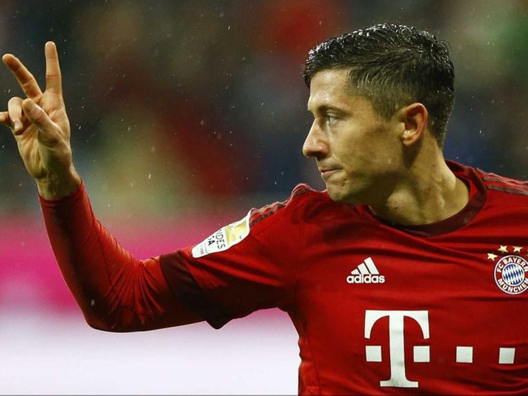 """Według informacji """"Bilda"""" Robert Lewandowski ma przedłużyć kontrakt z Bayernem o dwa lata /AFP"""