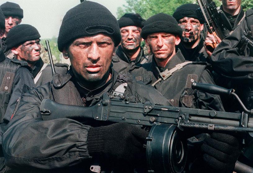e8454353fb668f Według Interpolu, część członków Różowych Panter wywodzi się z niezwykle  niebezpiecznej organizacji o nazwie Tygrysy