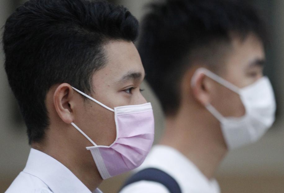 Według najnowszych danych w Chinach liczba ofiar śmiertelnych nowego koronawirusa wzrosła do 106 /MAK REMISSA /PAP/EPA