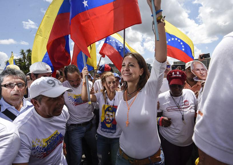Według ośrodka sondażowego Datanalisis zmiany rządu chce 80 proc. Wenezuelczyków /AFP