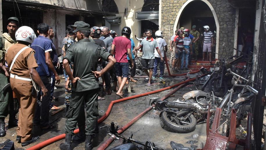 Według ostatnich doniesień w zamachach zginęło 290 osób /M.A. PUSHPA KUMARA /PAP/EPA