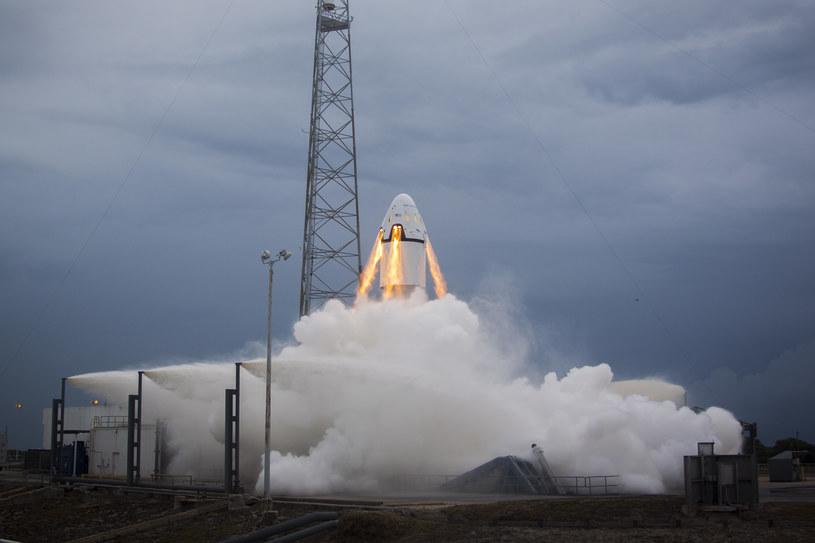 Według planów Elona Muska, człowiek na Marsie wyląduje już w 2025 roku /materiały prasowe