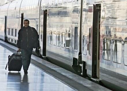 Według planów PR, InterRegio na dobre wrócą na tory w wakacje /AFP