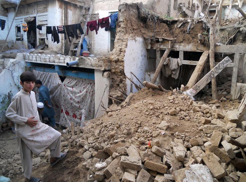 """Według """"Proroka Bałkanów"""" Azję nawiedzi w 2020 potężne trzęsienie ziemi o takiej samej sile jak to w Pakistanie w 2005 roku /East News"""